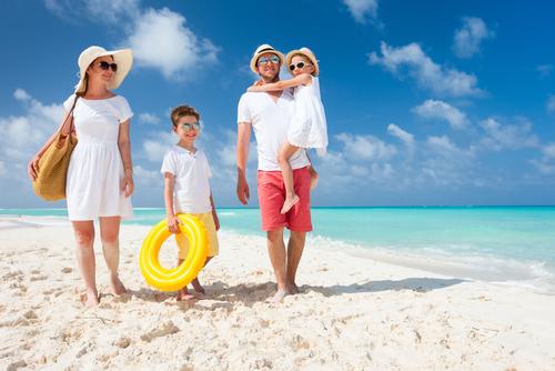 Chcete na dovolenke ušetriť? Vyberajte first moment