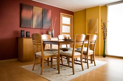 Jedálenský stôl a jeho výber