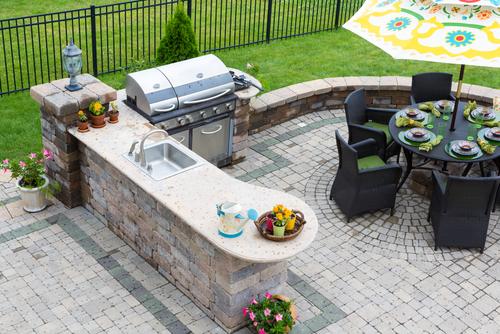 Ako vybrať záhradný nábytok?