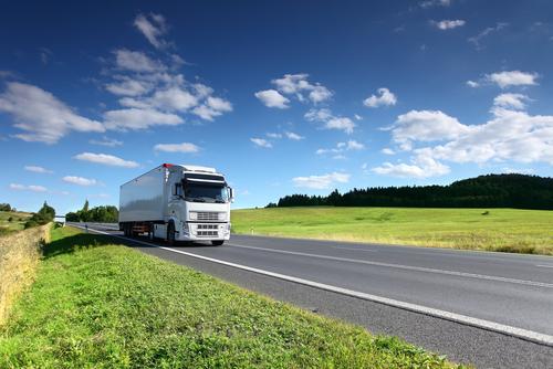 Ako ušetriť na kamiónovej preprave? Tieto tipy vás dostanú