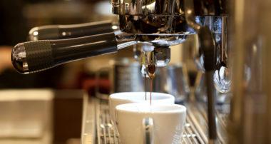 Príbeh kávy – kozy, prvé kaviarne aj obrovský biznis