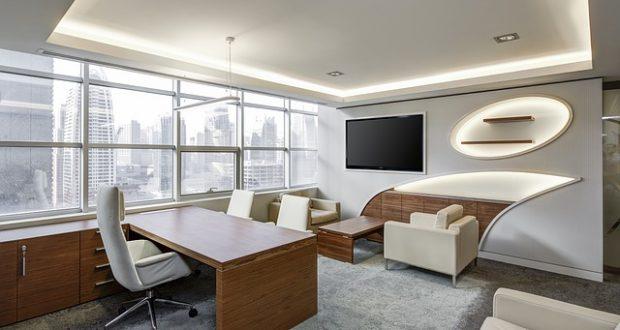Funkčný a zároveň moderný nábytok do kancelárie rozjasní vašu kanceláriu