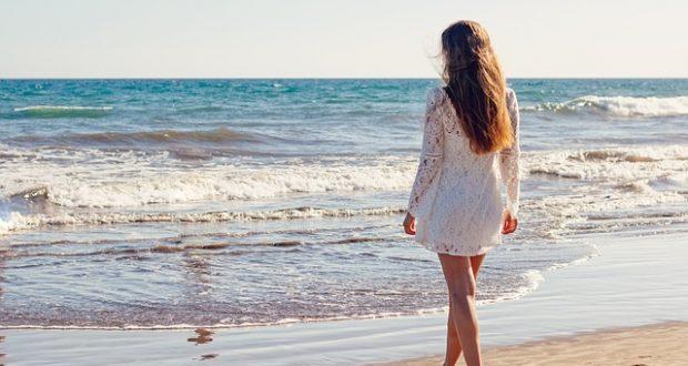Krásne letné šaty sú rozhodne to, čo vám v šatníku toto leto nesmie chýbať!